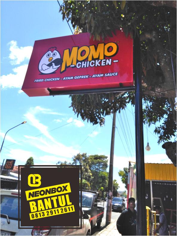 Neon Box resto warung chicken murah di Bantul