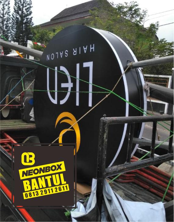 Neon Box salon spa murah di Bantul