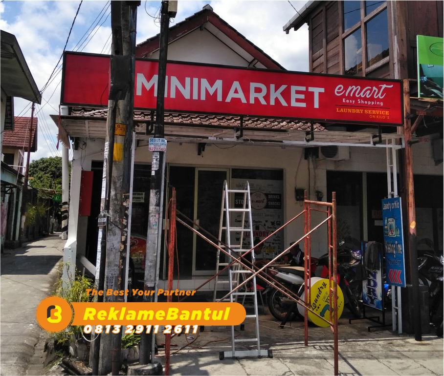 Reklame Plang Nama Papan Nama minimarket Di Bantul